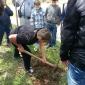 """Ученици от XVI ОУ """"Св. св. Кирил и Методий"""" засадиха дръвчета за Деня на Земята"""